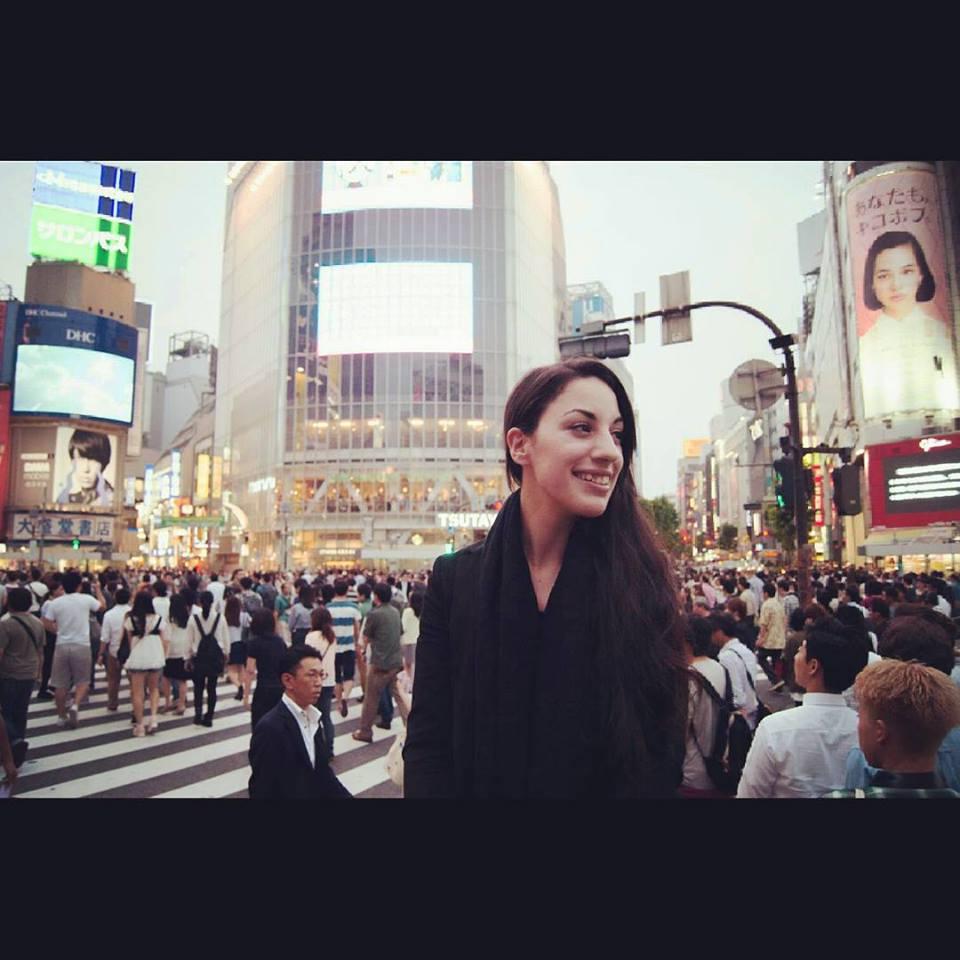 Cristina Sombray, Japón, Piedra de Toque