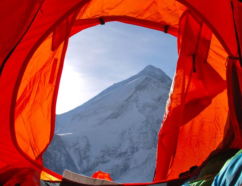 Everest Pumori Piedra de Toque